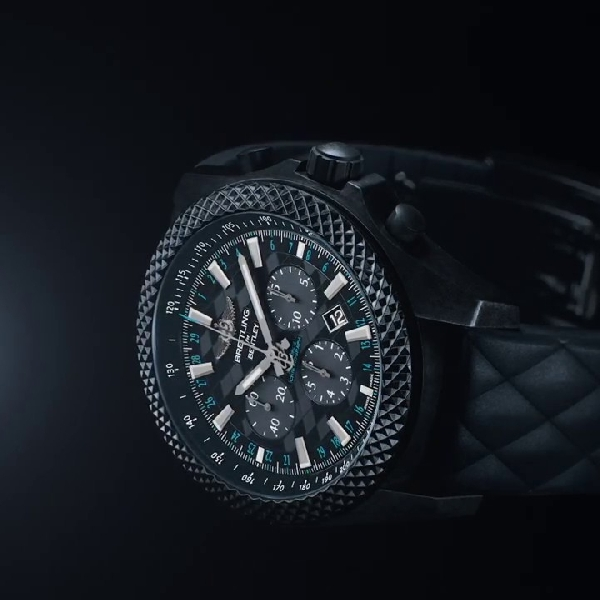 Bentley GT Dark Sapphire Edition, Jam Tangah mewah Kolaborasi Bentley - Breitling