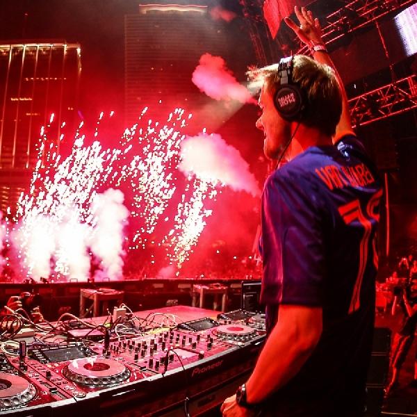 Armin van Buuren Janji Beri Suasana Berbeda Untuk Konser di Jakarta