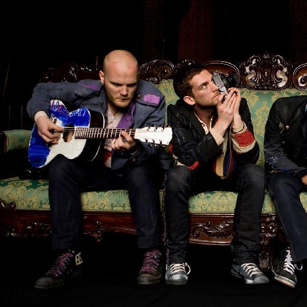 Coldplay Keluarkan Video Kompilasi dari Penggemar di Seluruh Dunia