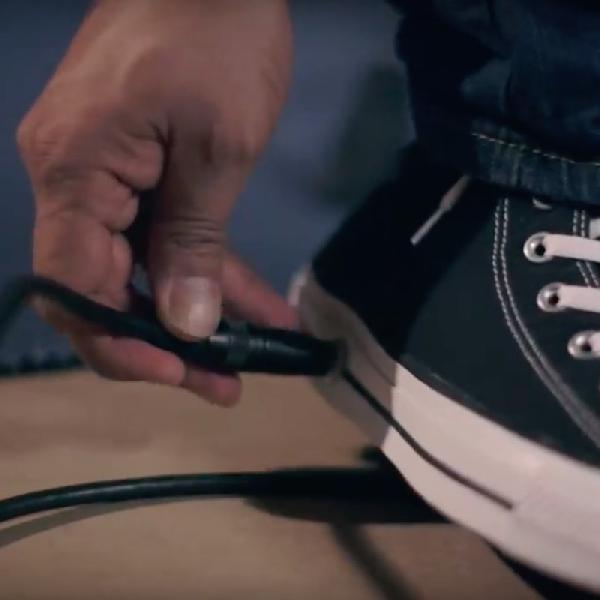 Converse Rilis Sneakers Baru yang Dilengkapi Pedal Gitar