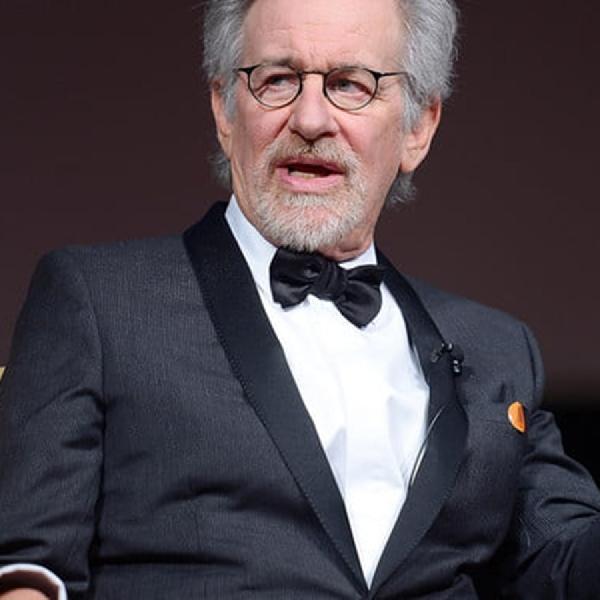 Steven Spielberg Akan Buat Film Superhero
