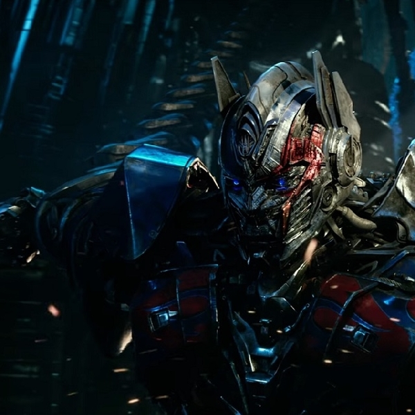 Trailer Terakhir Transformer: The Last Knight Ungkap Kembalinya Optimus Prime