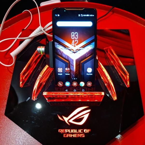 Asus ROG Phone Resmi Mendebut di Indonesia, Ini Harganya