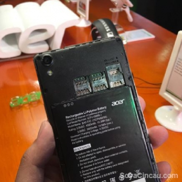 Acer Punya Smartphone Tri-SIM Januari Depan