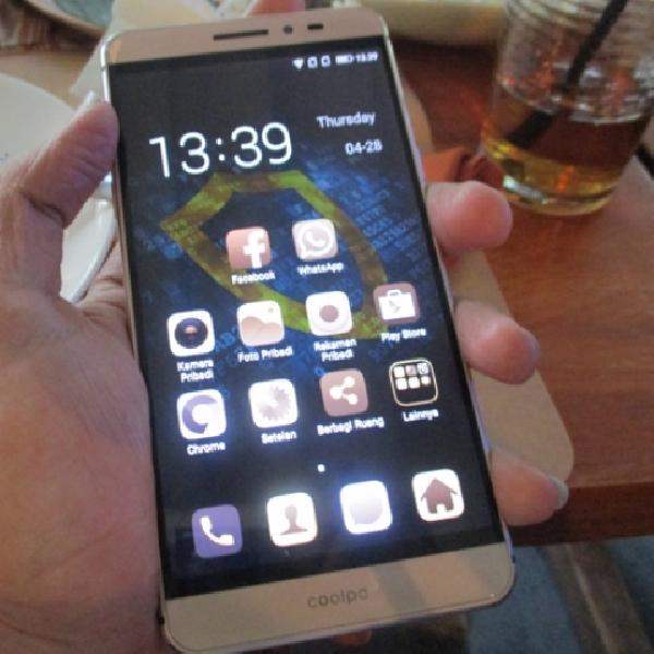 Coolpad Max, Smartphone Berestetika Tinggi Segera Hadir Di Indonesia