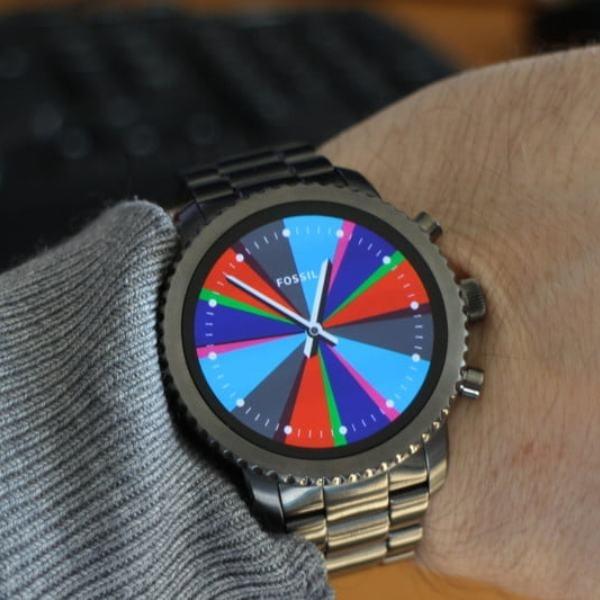Tampil Macho dengan Fossil Q Explorist, Smartwatch dengan Casing Tradisional