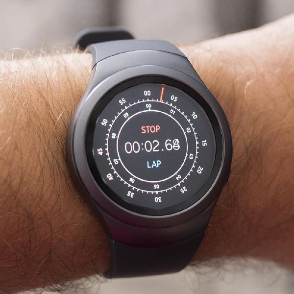 Gear Spot, Smartwatch Hibrida Samsung Khusus Pemantau Kebugaran