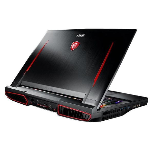 MSI GT75 Titan, Laptop Gaming Rasa Desktop