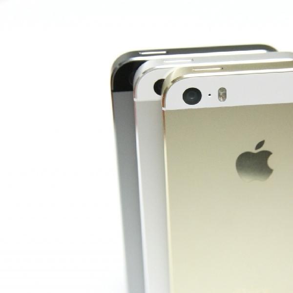 Tak Hadir Dengan Hot Pink, iPhone 5se Mengusung Warna Rose Gold