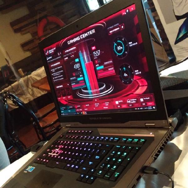 Lebih Dekat Dengan Asus ROG GX800, Laptop Gaming Seharga Mobil