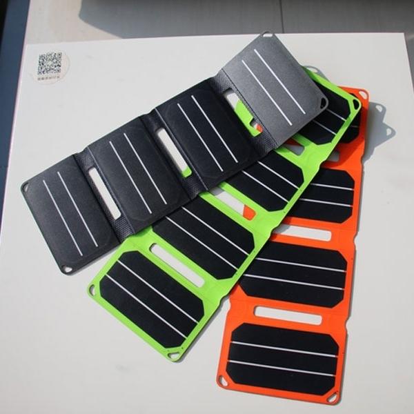 PocketPower, Charger Panel Surya Pas di Saku