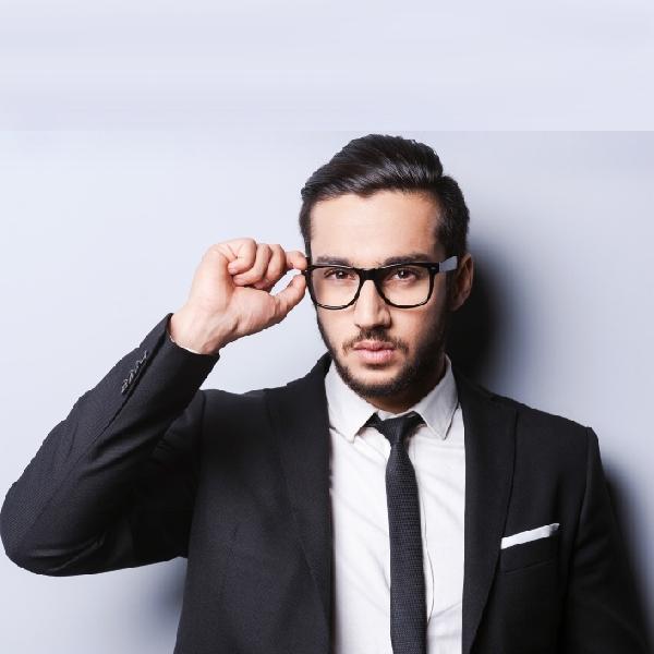 Kenali Bentuk Kacamata Dan Cara Memilihnya