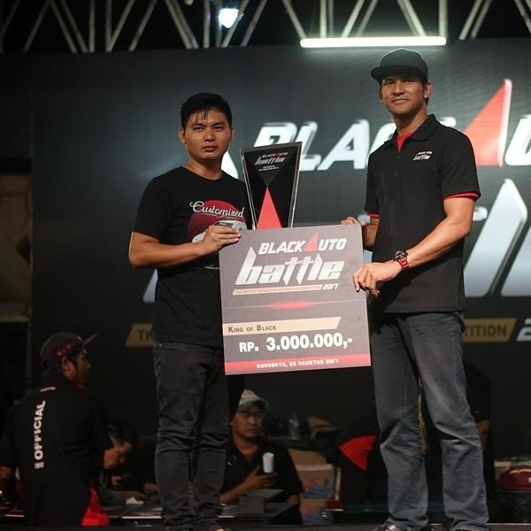 Yaris Customized Raih King of Black BAB 2017 Surabaya