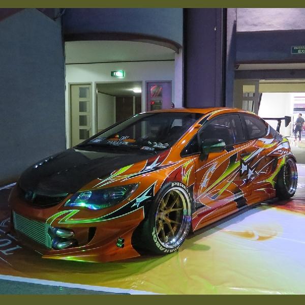 Modifikasi Honda Civic FD Persembahan Khusus Untuk Buah Hati
