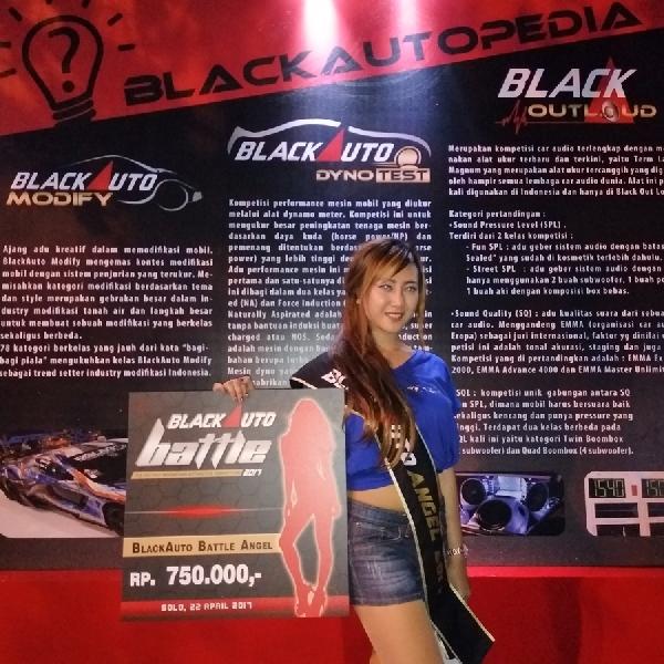 BlackAuto Battle 2017: Tampil Manis Dan Ramah, Anggi Sabet Gelar BlackAuto Angels