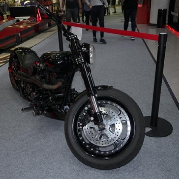 Modifikasi Harley Davidson SN 1600: Copper is Black