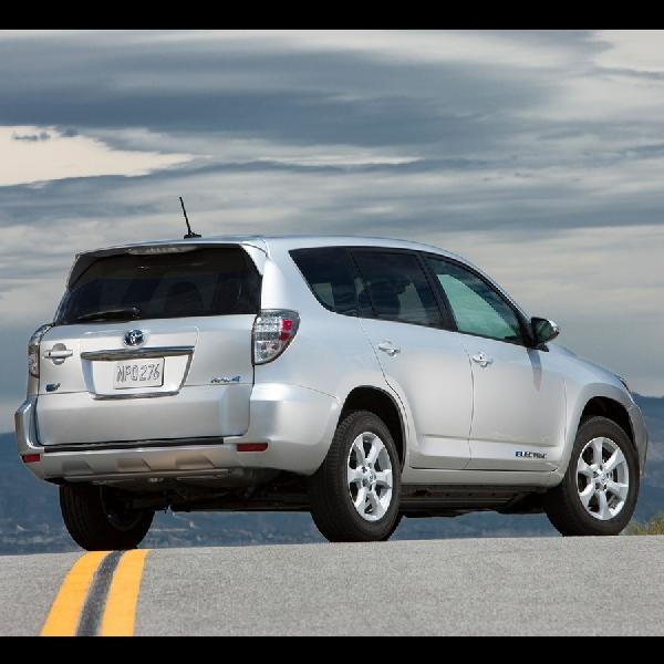 Toyota Masih Ragu Kembangkan Crossover Electric