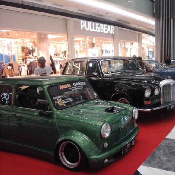 Mobil Jadul Eropa Sihir Pengunjung Eurofest 2016