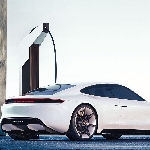 Porsche Siapkan Pengisian Daya Mobil Listrik di Tiap Dealer AS
