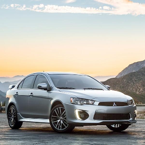 Mitsubishi Fokus Bermain di Crossover