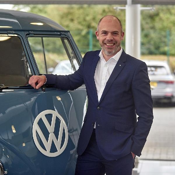 Volkswagen Angkat Rob Holdcroft sebagai Manajer Penjualan