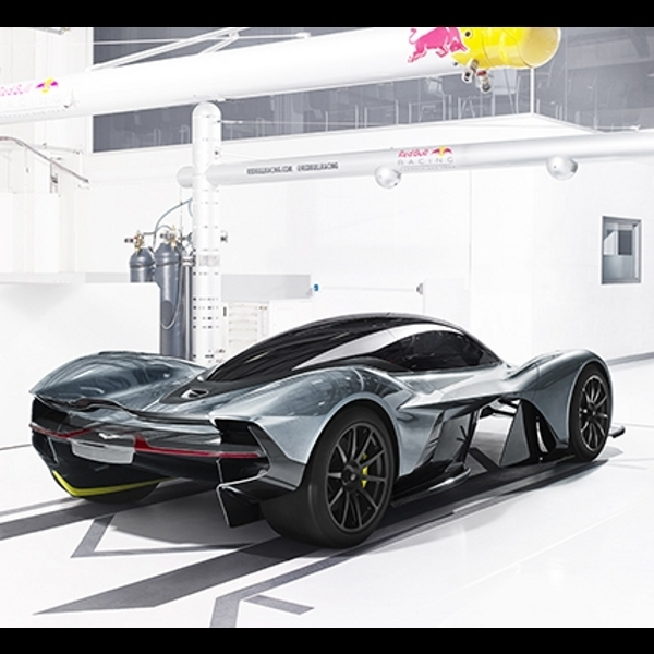 AM-RB 001, Hypercar dari Aston Martin dan Red Bull Racing