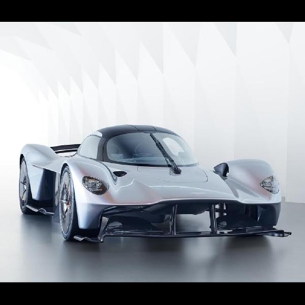 Valkyrie, Jadi Hypercar Pertama Aston Martin