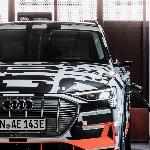 Interior Audi e-tron Akan Dikemas dengan Layar Digital