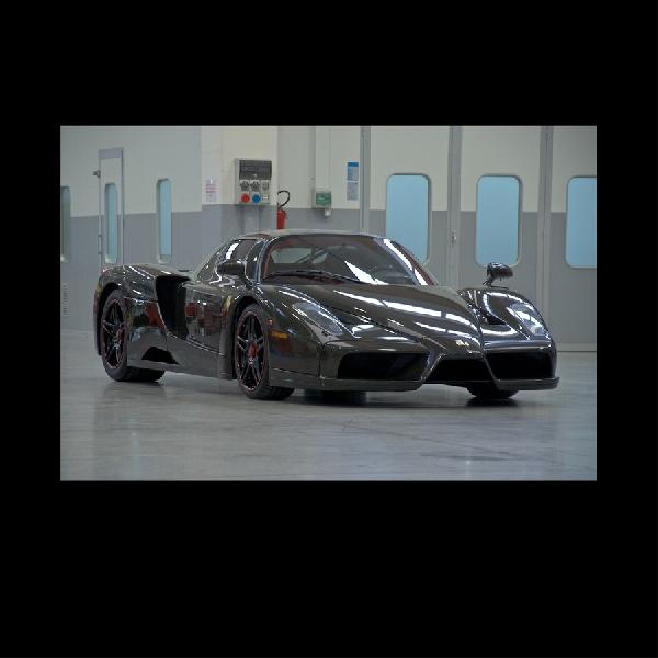 Berlapis Serat Karbon, Ferrari Enzo Makin Gahar