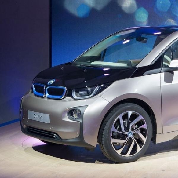 BMW i3 Terbaru Dapat Melaju 300 Km dalam Sekali Isi Daya Baterai