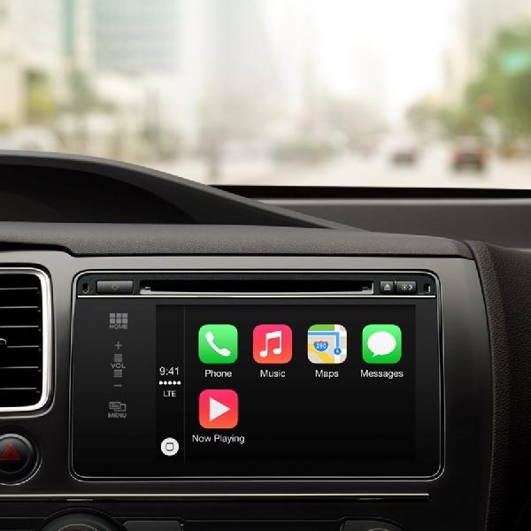 Apple CarPlay Terbaru Bisa Pakai Waze