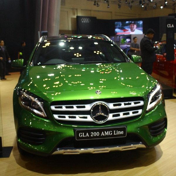 Mercedes-Benz GLA Tampil Eksklusif dalam Balutan Warna Hijau