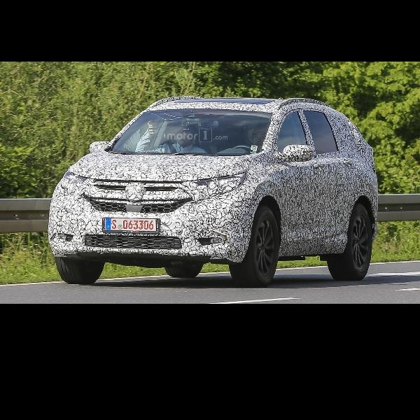 Honda CR-V 7 Penumpang Mulai 'Kepergok' Kamera