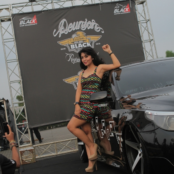 The Winner BlackShot Challenge Black Car Community Bandung