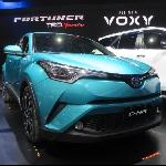 Canggihnya Toyota C-HR dan Prius Gen 4
