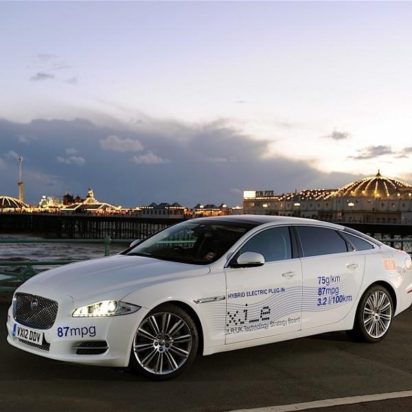 Jaguar dikabarkan akan membangun pabrik baterai dengan BMW & Ford