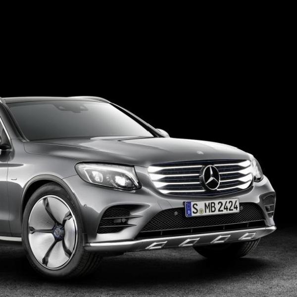 Kendaraan Hidrogen Mercedes Benz akan Meluncur Tahun 2017
