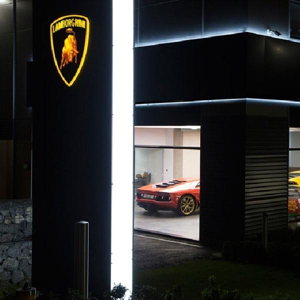 Lamborghini Bangun Showroom Baru untuk Kehadiran SUV Urus