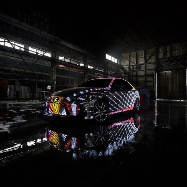 Lexus Gunakan Ribuan Lampu LED di Bodi Mobilnya