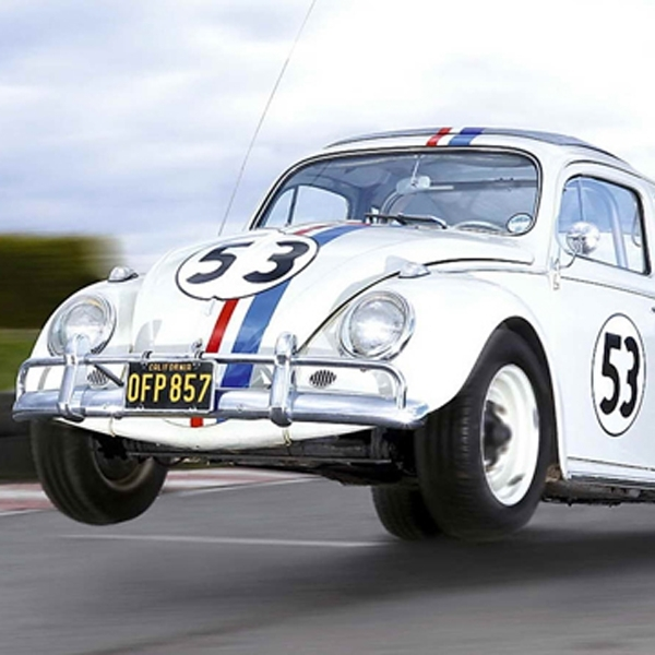 Mobil VW Beetle 'Herbie' Mulai Dilelang, Mau?