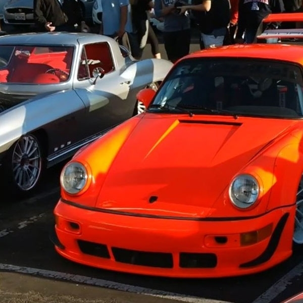 Porsche 911 yang Dicolok Mesin Chevrolet Tampil Menggoda