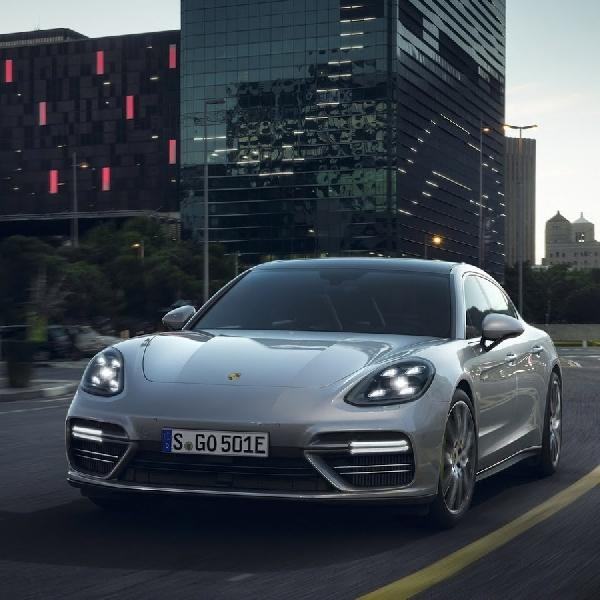 New Porsche Panamera Turbo S E-Hybrid Dengan Output Power 671HP