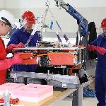 Volkswagen Inggris Adakan Pelatihan untuk Teknisi Mobil Listrik