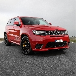 Jeep Rilis Harga New Grand Cherokee Trackhawk