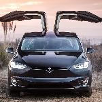 Kisah Autopilot Tesla Selamatkan Pengemudinya