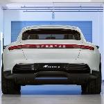 Porsche Rencanakan Produksi Mobil Listrik Total di 2030