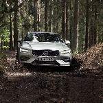 Volvo V60 Cross Country, Sosok Wagon yang Jago Bermain Off-Road