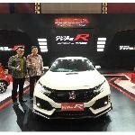 Honda Civic Type R Sapa Kota Surabaya
