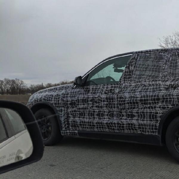 Generasi Keempat BMW X5 Tertangkap di Amerika Serikat