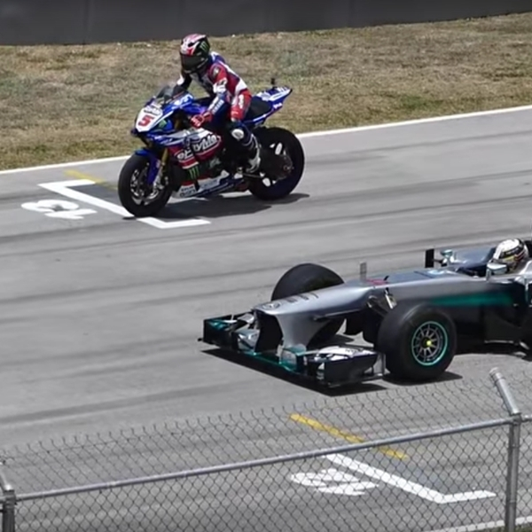 Yamaha R1M VS F1, Menang Mana?